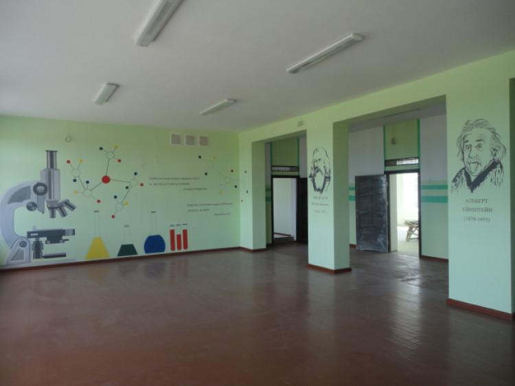 Школа у Любохинах