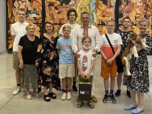 Андрій Садовий з родиною побував у Музеї сучасного мистецтва в Луцьку