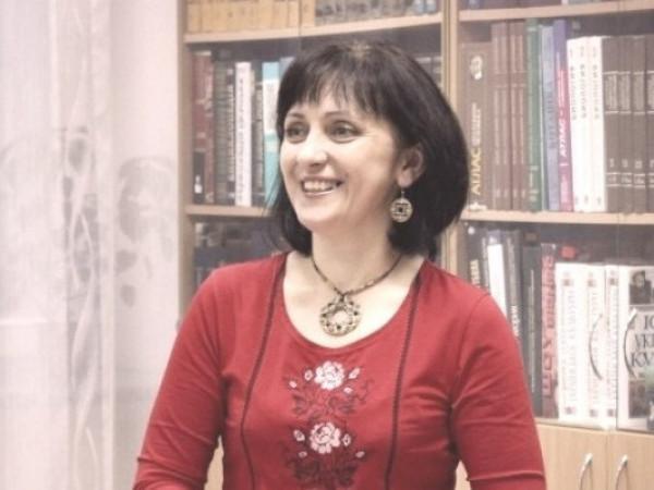 Дара Корній
