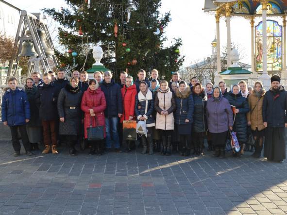 Кримнечани зі своїм духовним наставником Сергієм Никонюком