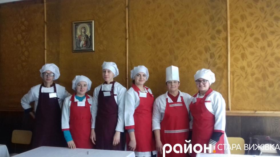 Учасники конкурсу на звання кращого кухаря