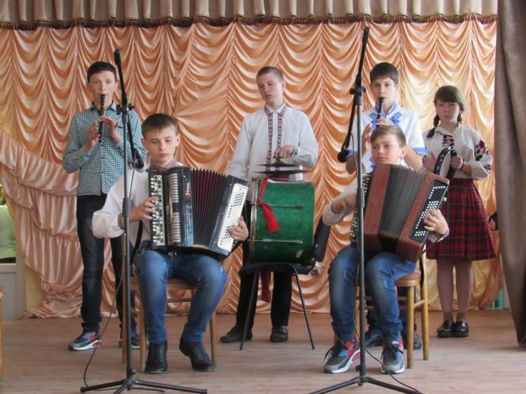 Під час творчого звіту в музичній школі