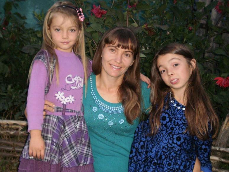 Катерина Бойко з донечками