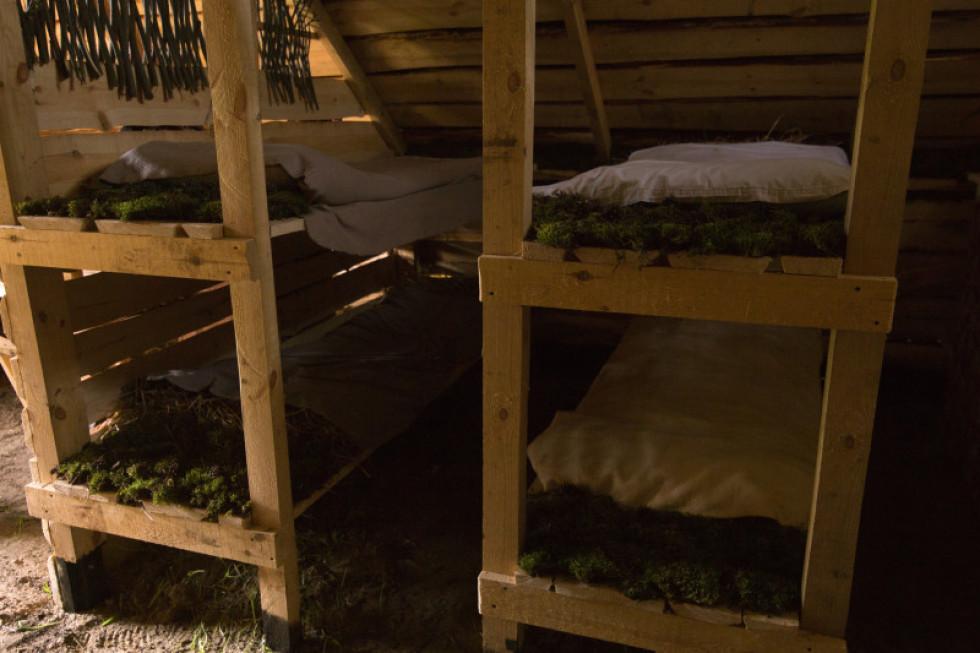Ліжка у будиночку