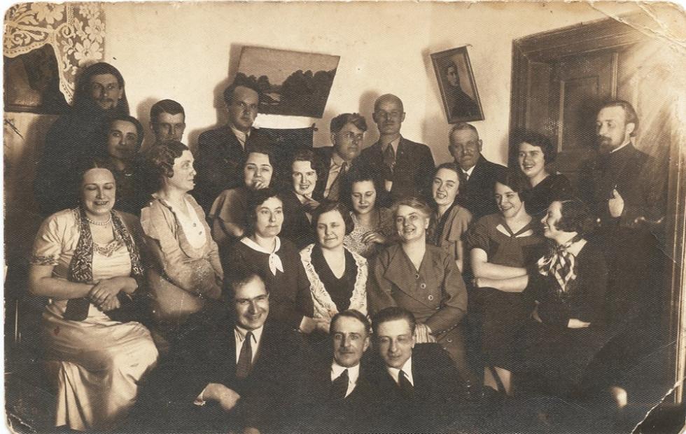 Молодь у 30-ті роки минулого століття