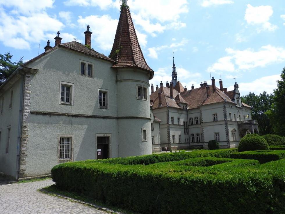 Палац графів Шенборнів(Закарпатська обл)