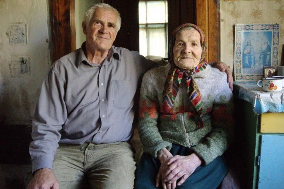 Степан Сагаль зі своєю мамою