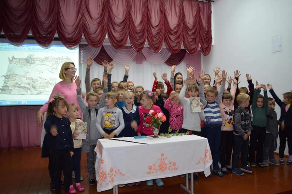 Зустріч дітей з Орестою Осійчук
