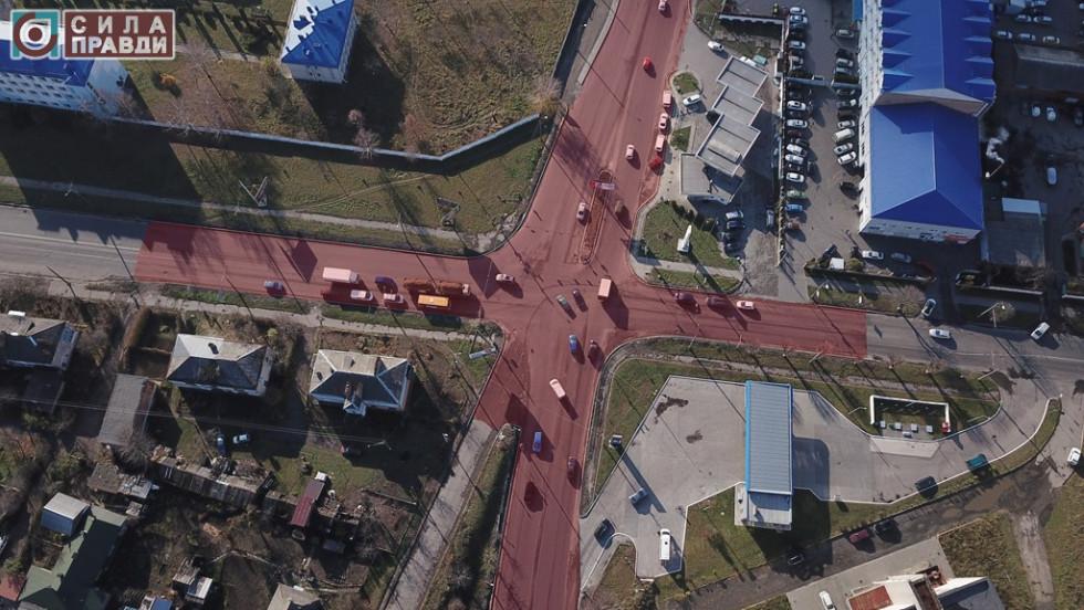 Червоним виділена ділянка дубнівського перехрестя, ремонт якої у 2018-му розпочала компанія «ПБС»
